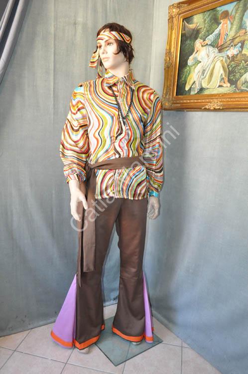 Abbigliamento figli dei fiori anni sessanta / abbigliamento hippy anni