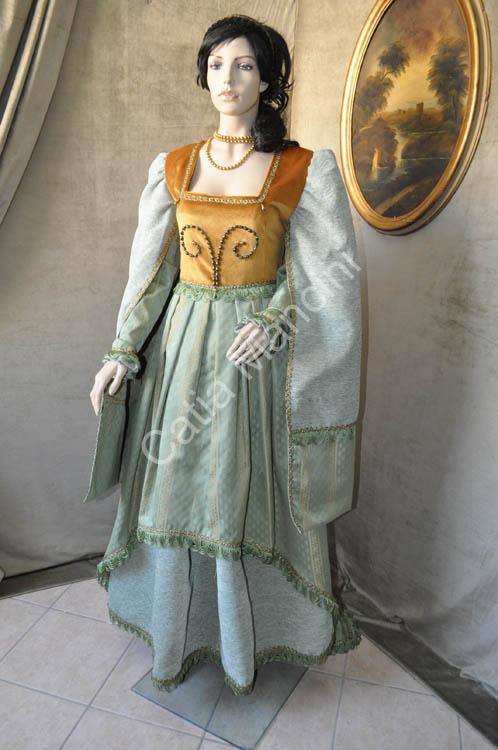 Vestito Donna del Medioevo 1380 (7)